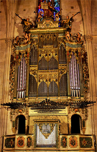 [2008 Grenzing organ at Convent de Sant Francesc, Palma, Spain]